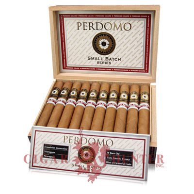 Perdomo Small Batch Series Natural Half Corona